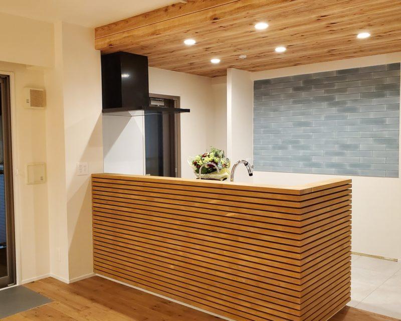 「造作キッチンのある家。」