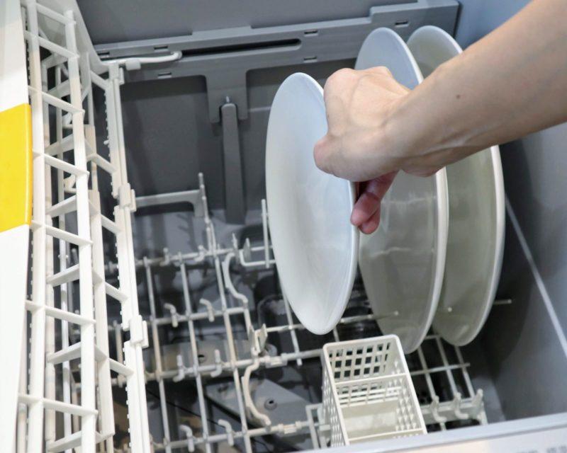 キッチンにつける食洗機。浅型と深型どちらがおすすめ?