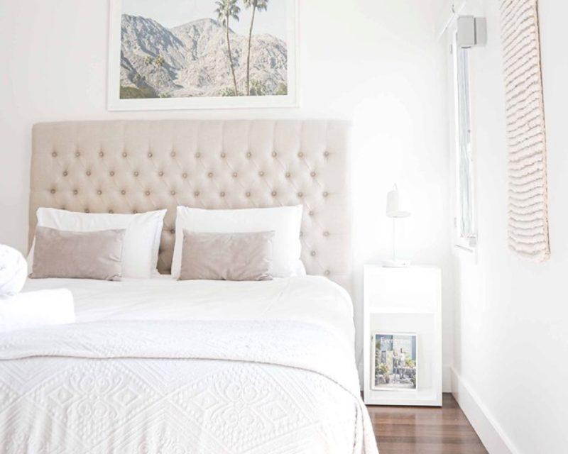 ベッドの配置を変えて生活と睡眠の質を上げましょう